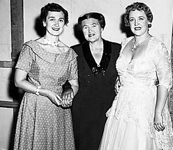 With Eleanor Steber (l) and Shirley Sproule